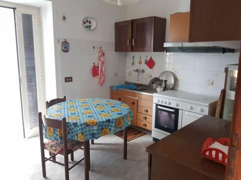 https://www.progettocasa1.it/immagini_immobili/07-10-2019/soluzione-indipendente-vendita-colleferro-roma-via-vittorio-emanuele-301.jpg