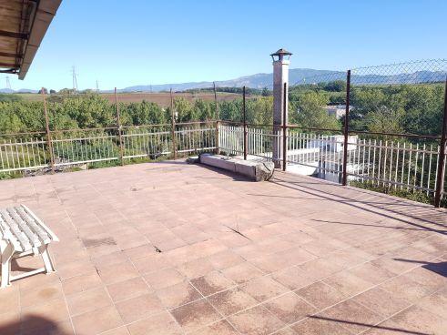https://www.progettocasa1.it/immagini_immobili/07-10-2019/soluzione-indipendente-vendita-colleferro-roma-via-vittorio-emanuele-640.jpg
