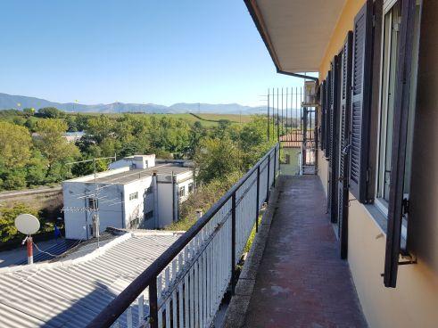 https://www.progettocasa1.it/immagini_immobili/07-10-2019/soluzione-indipendente-vendita-colleferro-roma-via-vittorio-emanuele-651.jpg