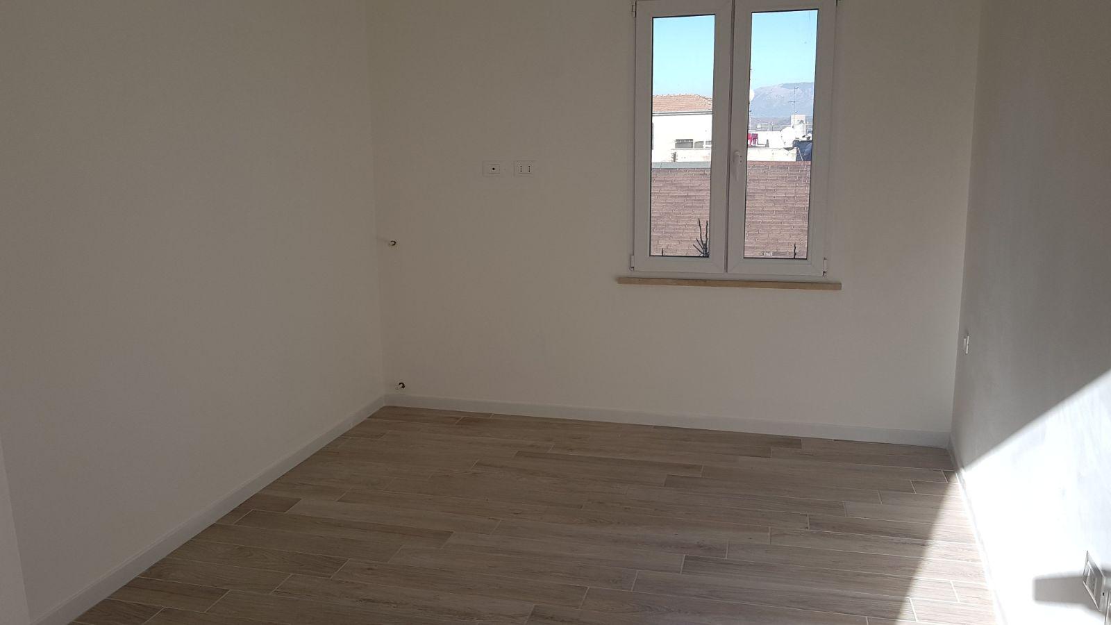 https://www.progettocasa1.it/immagini_immobili/07-12-2017/appartamento-vendita-colleferro-roma-viale-savoia-38-174.jpg