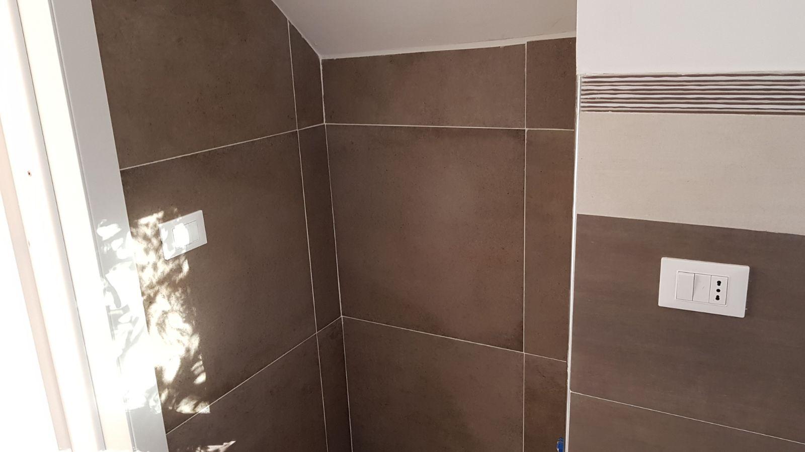 https://www.progettocasa1.it/immagini_immobili/07-12-2017/appartamento-vendita-colleferro-roma-viale-savoia-38-176.jpg