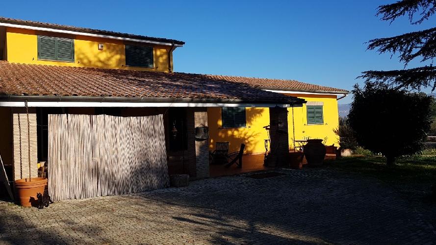 http://www.progettocasa1.it/immagini_immobili/07-12-2017/soluzione-indipendente-vendita-colleferro-roma--598.jpg