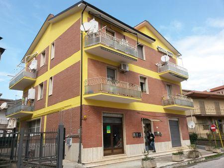 https://www.progettocasa1.it/immagini_immobili/07-12-2019/appartamento-vendita-colleferro-roma-via-achille-grandi-63-515.jpg