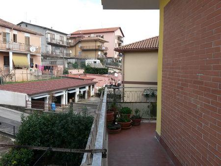 https://www.progettocasa1.it/immagini_immobili/07-12-2019/appartamento-vendita-colleferro-roma-via-achille-grandi-63-520.jpg