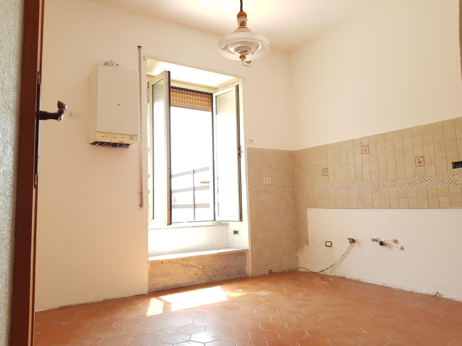 https://www.progettocasa1.it/immagini_immobili/08-08-2019/appartamento-vendita-colleferro-roma-via-giacomo-rossini-32-843.jpg