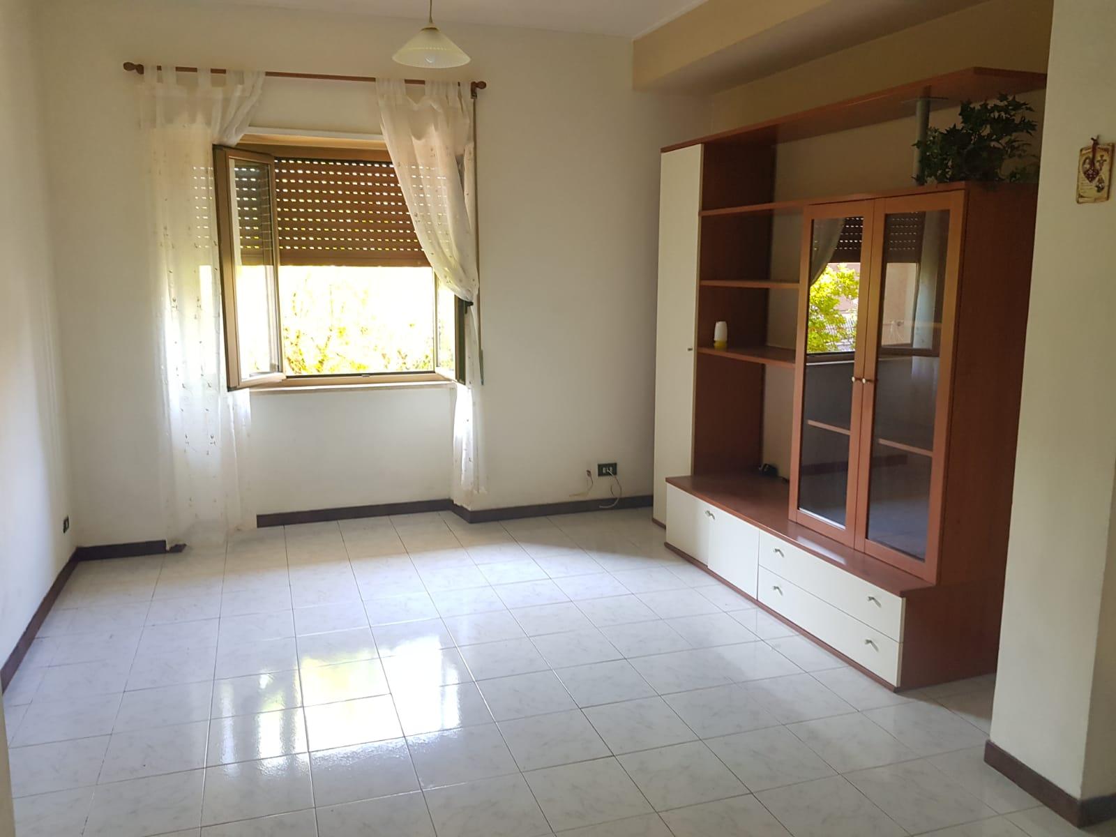 https://www.progettocasa1.it/immagini_immobili/08-09-2021/appartamento-vendita-colleferro-roma-via-raffaello-sanzio-774.jpg