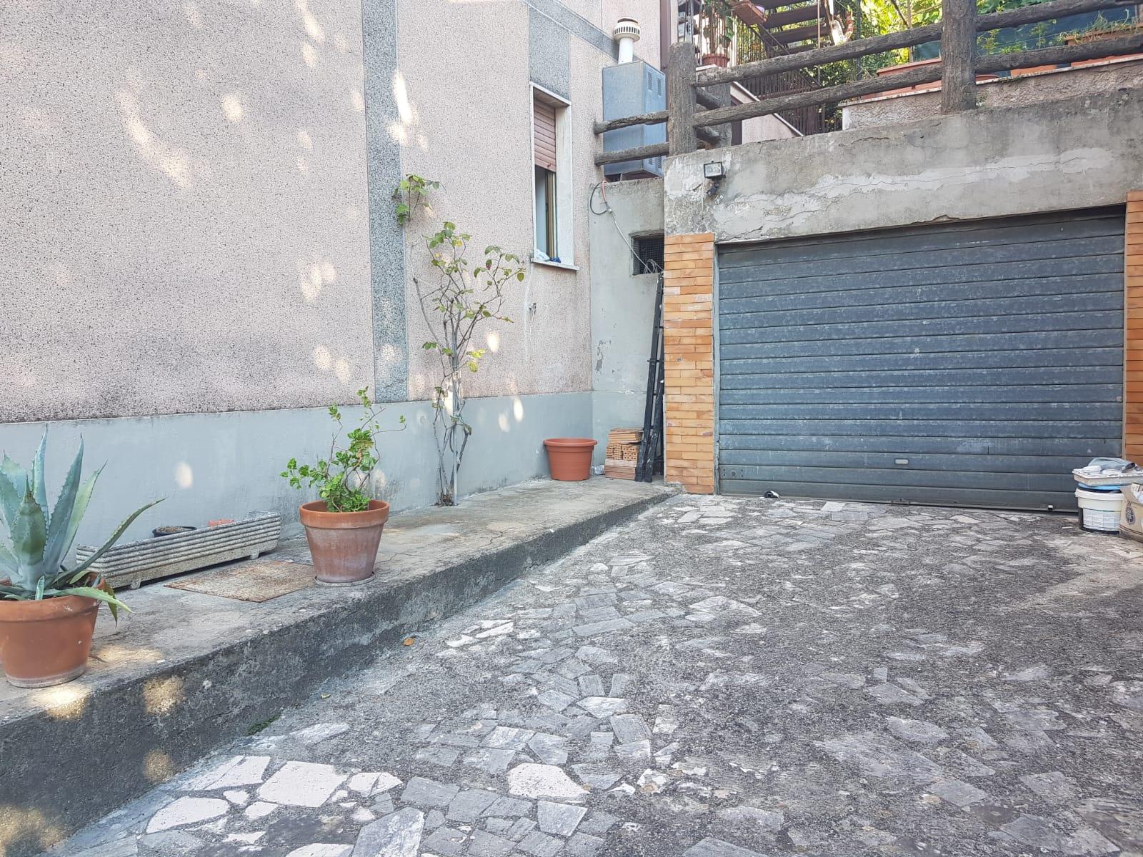 https://www.progettocasa1.it/immagini_immobili/08-09-2021/appartamento-vendita-colleferro-roma-via-raffaello-sanzio-776.jpg