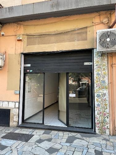 https://www.progettocasa1.it/immagini_immobili/08-09-2021/locale-commerciale-affitto-colleferro-roma-via-latina-14-762.jpg