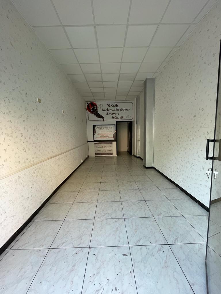 https://www.progettocasa1.it/immagini_immobili/08-09-2021/locale-commerciale-affitto-colleferro-roma-via-latina-14-763.jpg
