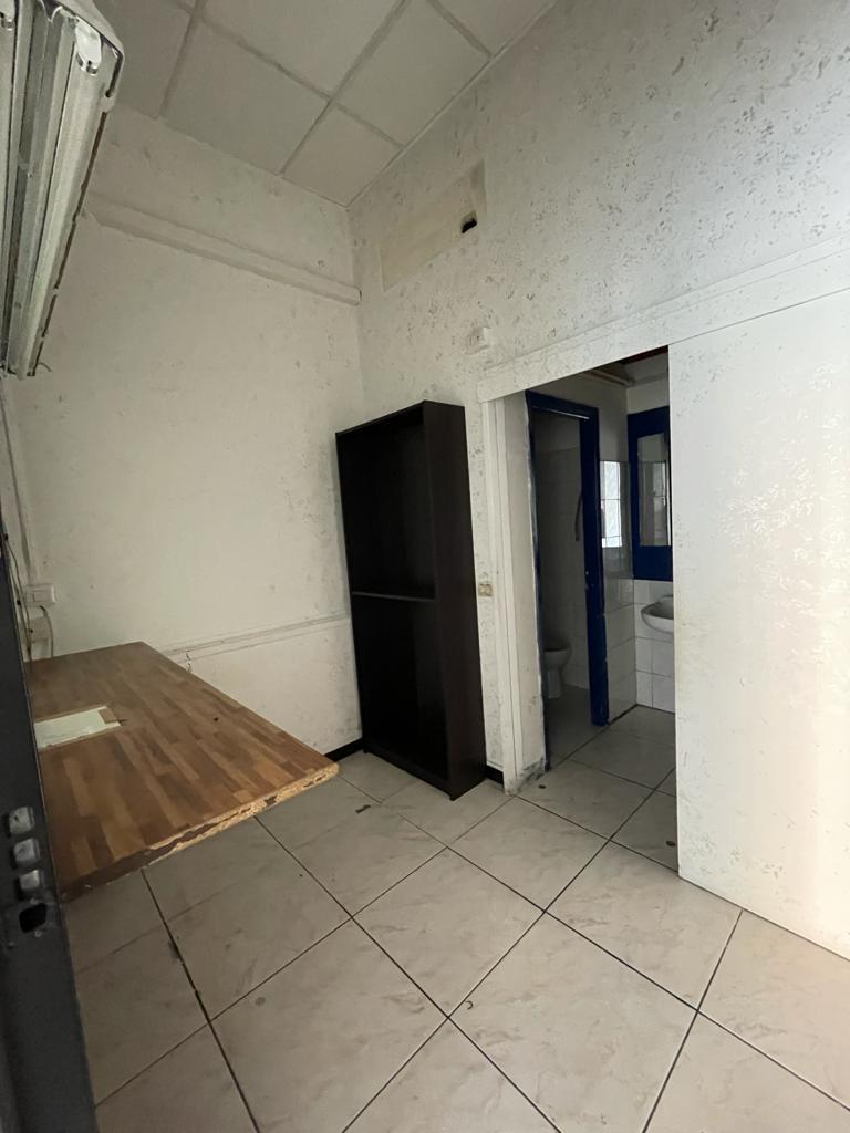 https://www.progettocasa1.it/immagini_immobili/08-09-2021/locale-commerciale-affitto-colleferro-roma-via-latina-14-766.jpg