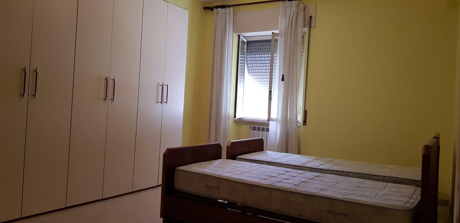 https://www.progettocasa1.it/immagini_immobili/08-11-2018/appartamento-vendita-colleferro-roma-via-fratelli-cervi-15-273.jpg