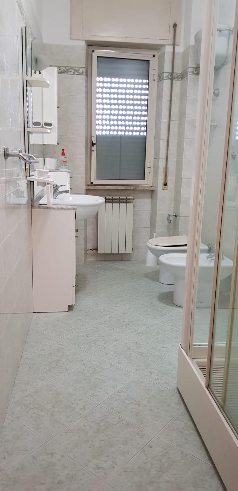 https://www.progettocasa1.it/immagini_immobili/08-11-2018/appartamento-vendita-colleferro-roma-via-fratelli-cervi-15-274.jpg