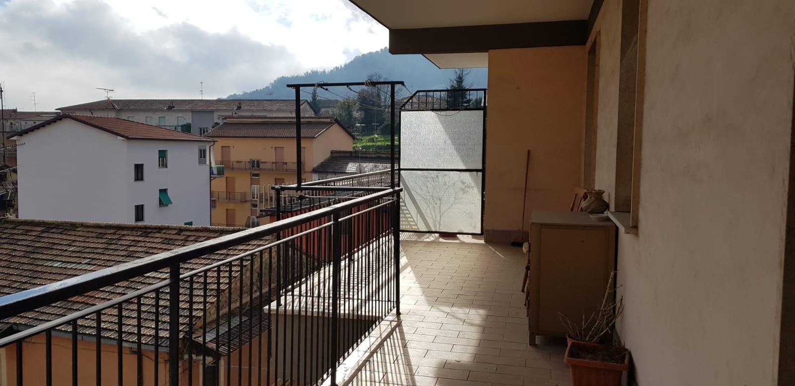 https://www.progettocasa1.it/immagini_immobili/08-11-2018/appartamento-vendita-colleferro-roma-via-fratelli-cervi-15-278.jpg