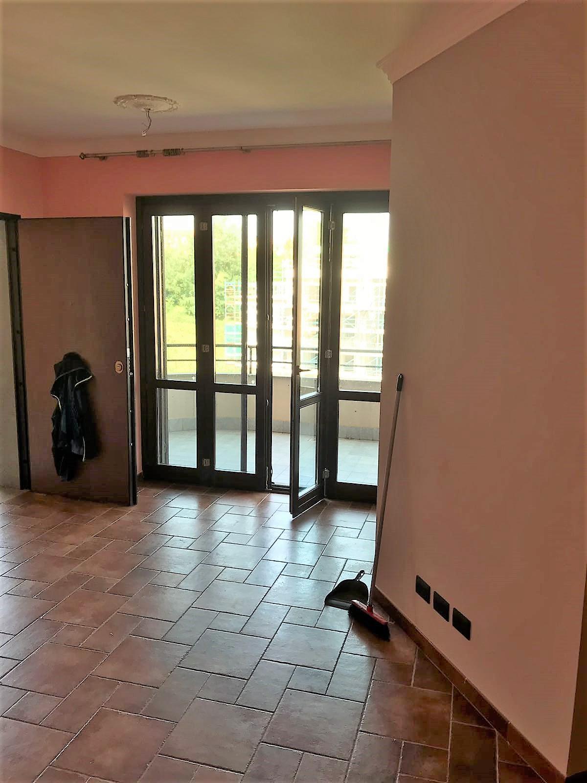 https://www.progettocasa1.it/immagini_immobili/08-11-2019/appartamento-vendita-colleferro-roma-via-oriana-fallaci-722.jpg