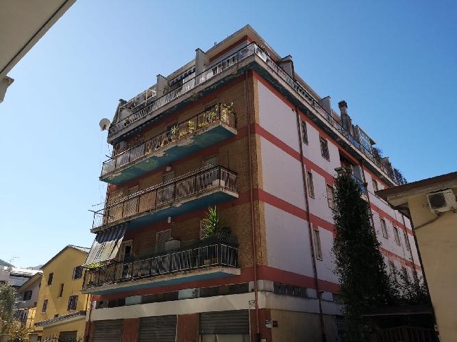 https://www.progettocasa1.it/immagini_immobili/09-10-2019/appartamento-affitto-colleferro-roma-via-valle-macerina-20-801.jpg