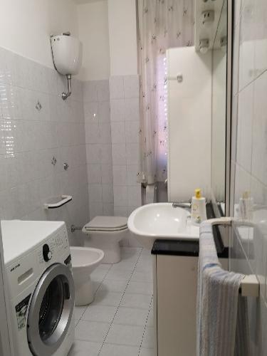 https://www.progettocasa1.it/immagini_immobili/09-10-2019/appartamento-affitto-colleferro-roma-via-valle-macerina-20-802.jpg