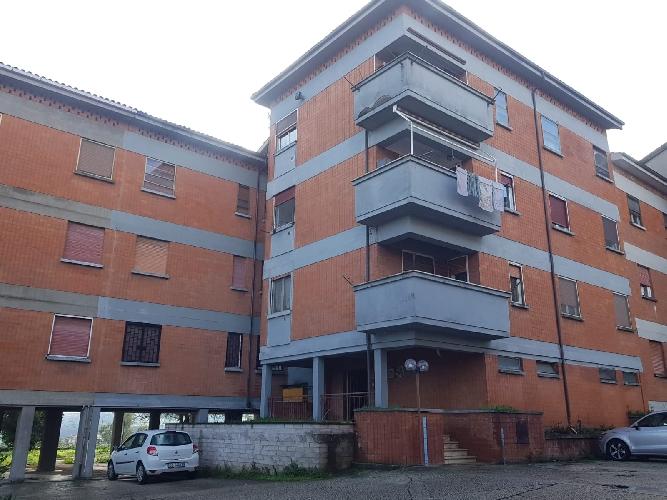 https://www.progettocasa1.it/immagini_immobili/09-12-2020/appartamento-vendita-colleferro-roma-via-alessandro-manzoni-3-520.jpg