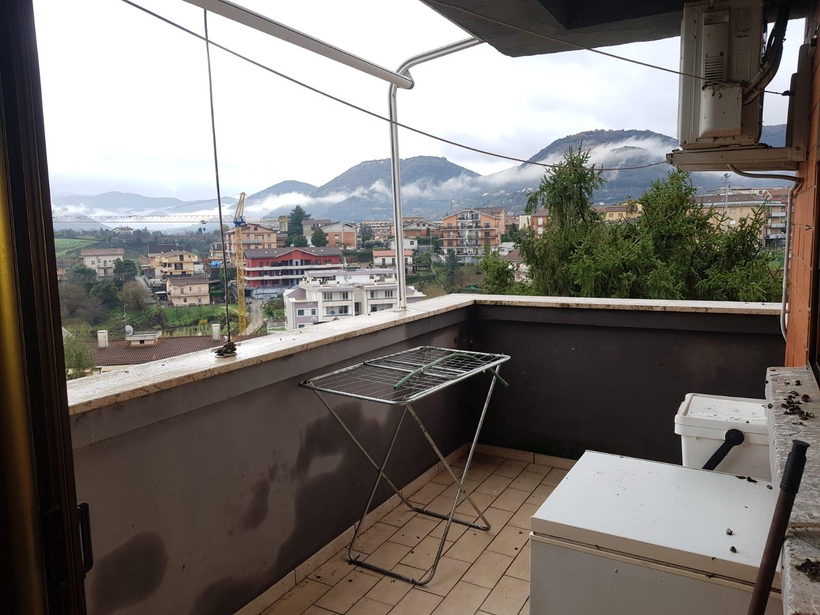 https://www.progettocasa1.it/immagini_immobili/09-12-2020/appartamento-vendita-colleferro-roma-via-alessandro-manzoni-3-525.jpg