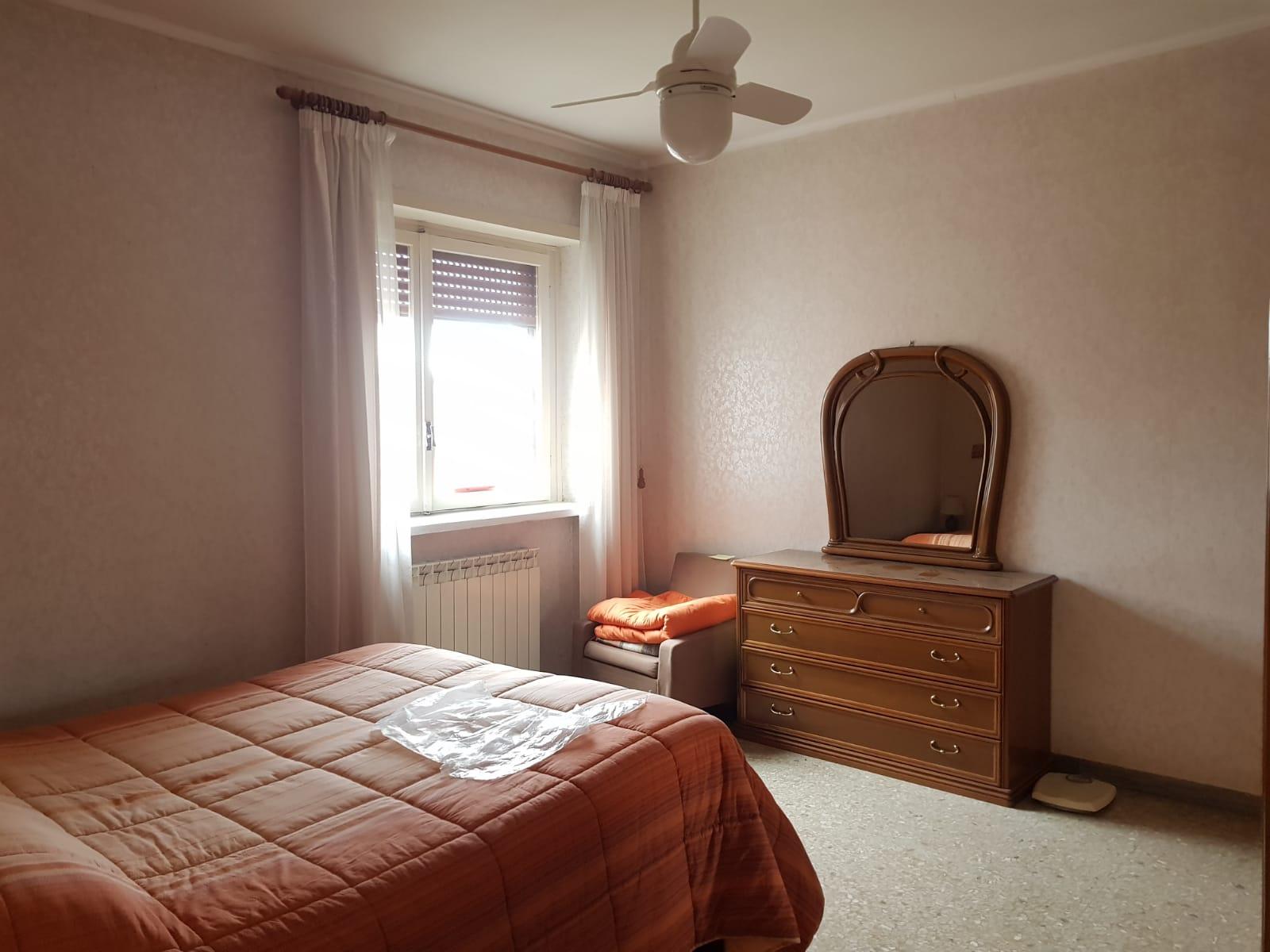 https://www.progettocasa1.it/immagini_immobili/09-12-2020/appartamento-vendita-colleferro-roma-via-alessandro-manzoni-3-529.jpg