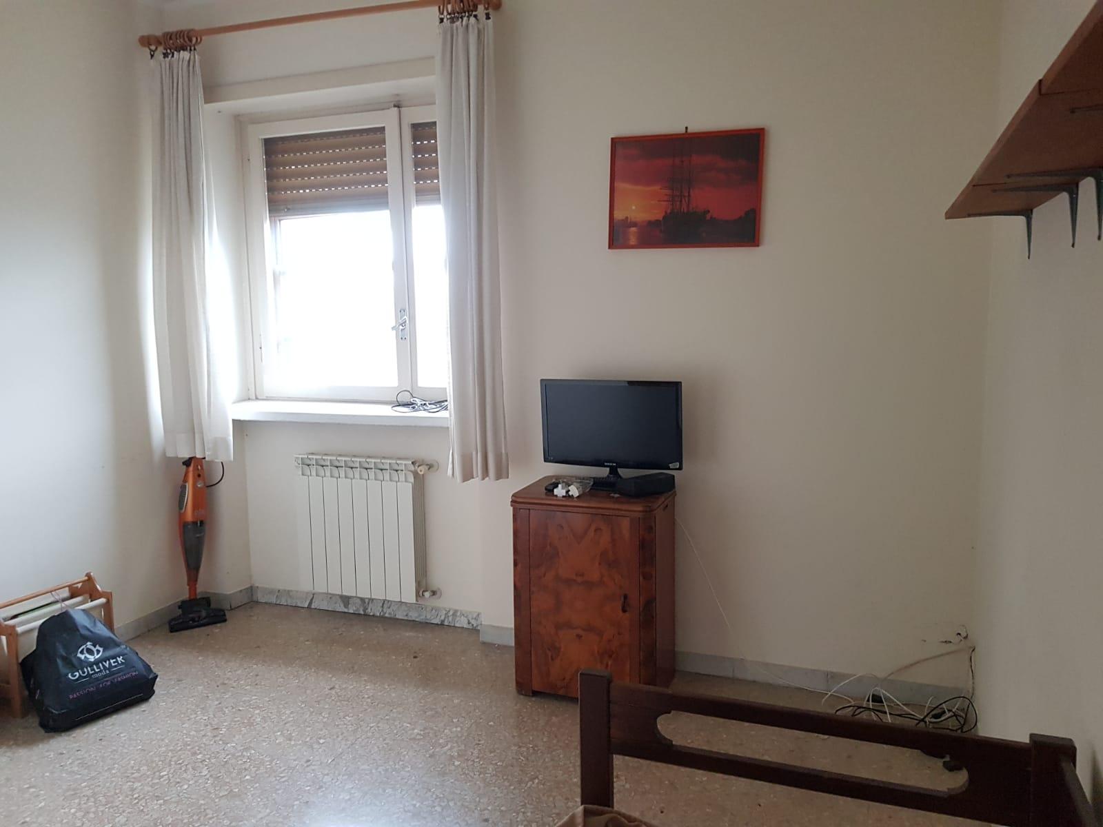 https://www.progettocasa1.it/immagini_immobili/09-12-2020/appartamento-vendita-colleferro-roma-via-alessandro-manzoni-3-532.jpg