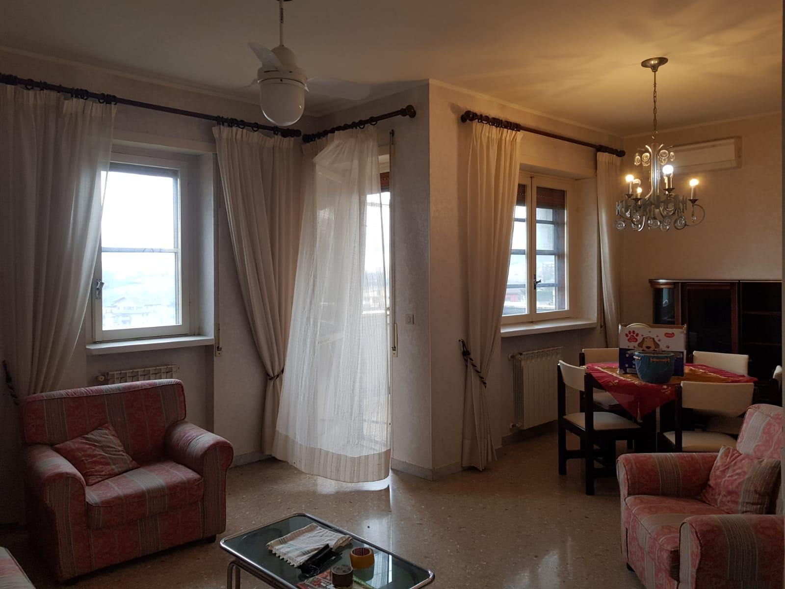 https://www.progettocasa1.it/immagini_immobili/09-12-2020/appartamento-vendita-colleferro-roma-via-alessandro-manzoni-3-836.jpg