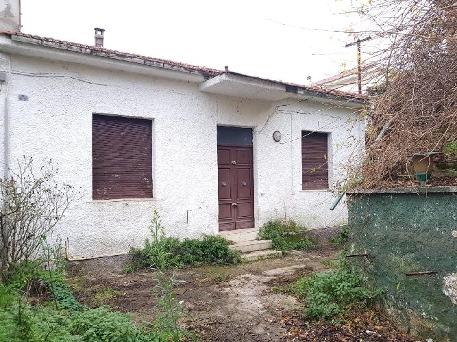 https://www.progettocasa1.it/immagini_immobili/10-01-2019/soluzione-indipendente-vendita-colleferro-roma-via-donizetti-686.jpg