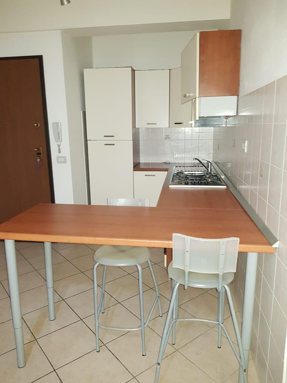 https://www.progettocasa1.it/immagini_immobili/10-03-2020/appartamento-affitto-colleferro-roma-via-quattrocchi20-865.jpg
