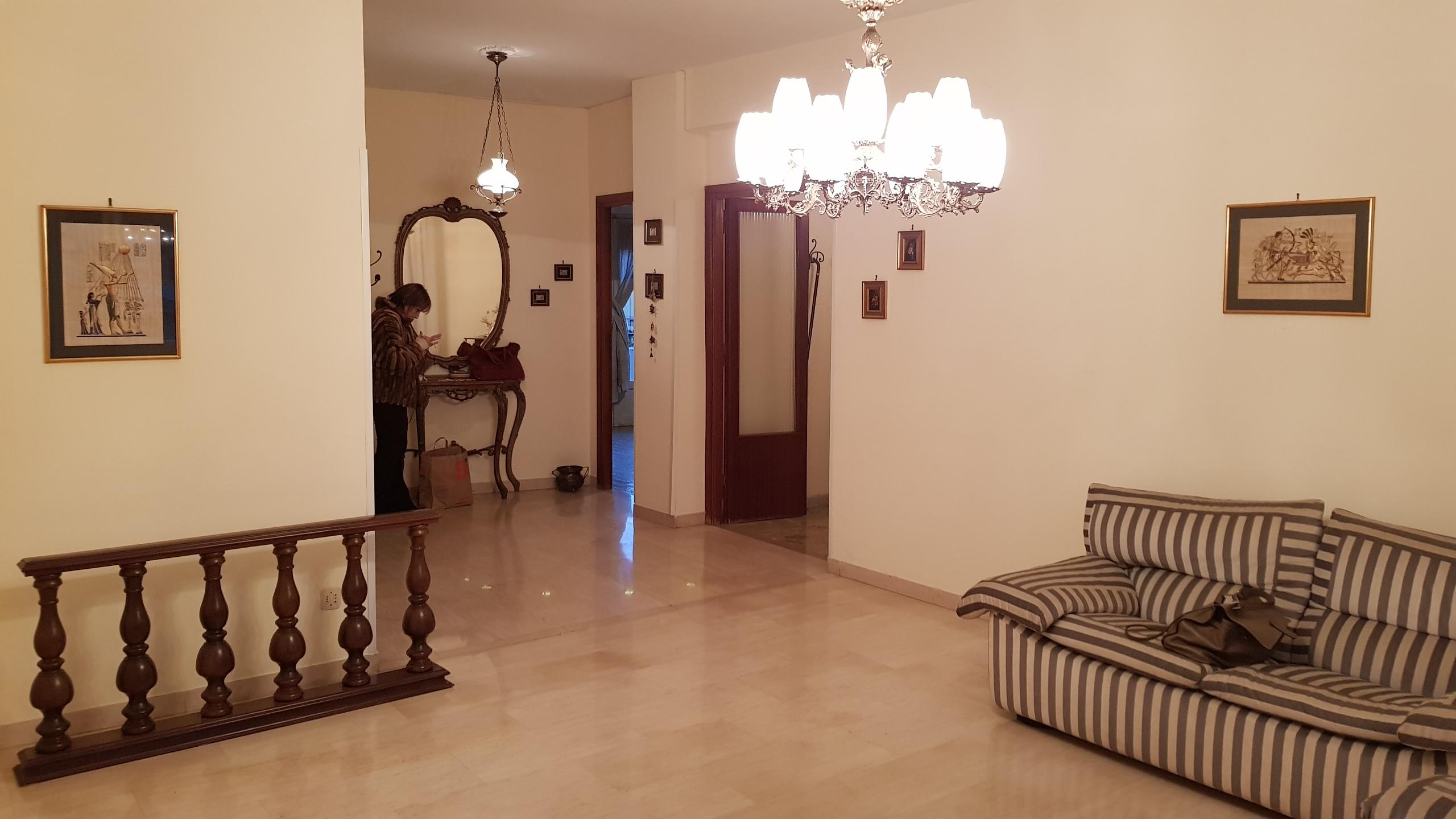 https://www.progettocasa1.it/immagini_immobili/10-04-2019/appartamento-vendita-colleferro-roma-via-giuseppe-di-vittorio-18-452.jpg