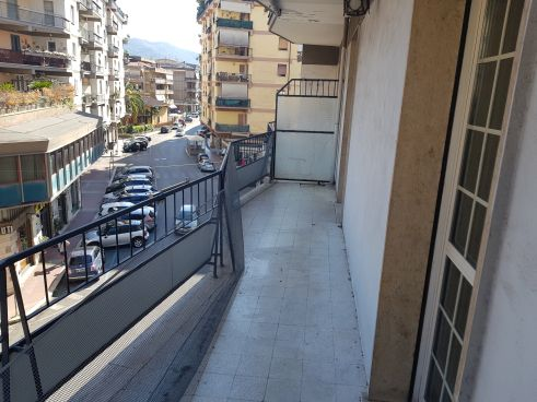 https://www.progettocasa1.it/immagini_immobili/10-07-2020/appartamento-vendita-colleferro-roma-via-martiri-delle-fosse-ardeatine-15-787.jpg