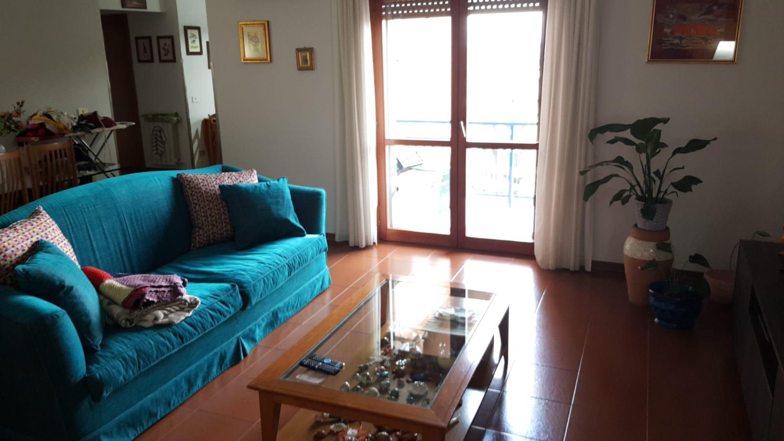 https://www.progettocasa1.it/immagini_immobili/10-09-2019/appartamento-vendita-colleferro-roma-via-vicinale-bracchi-44-311.jpg