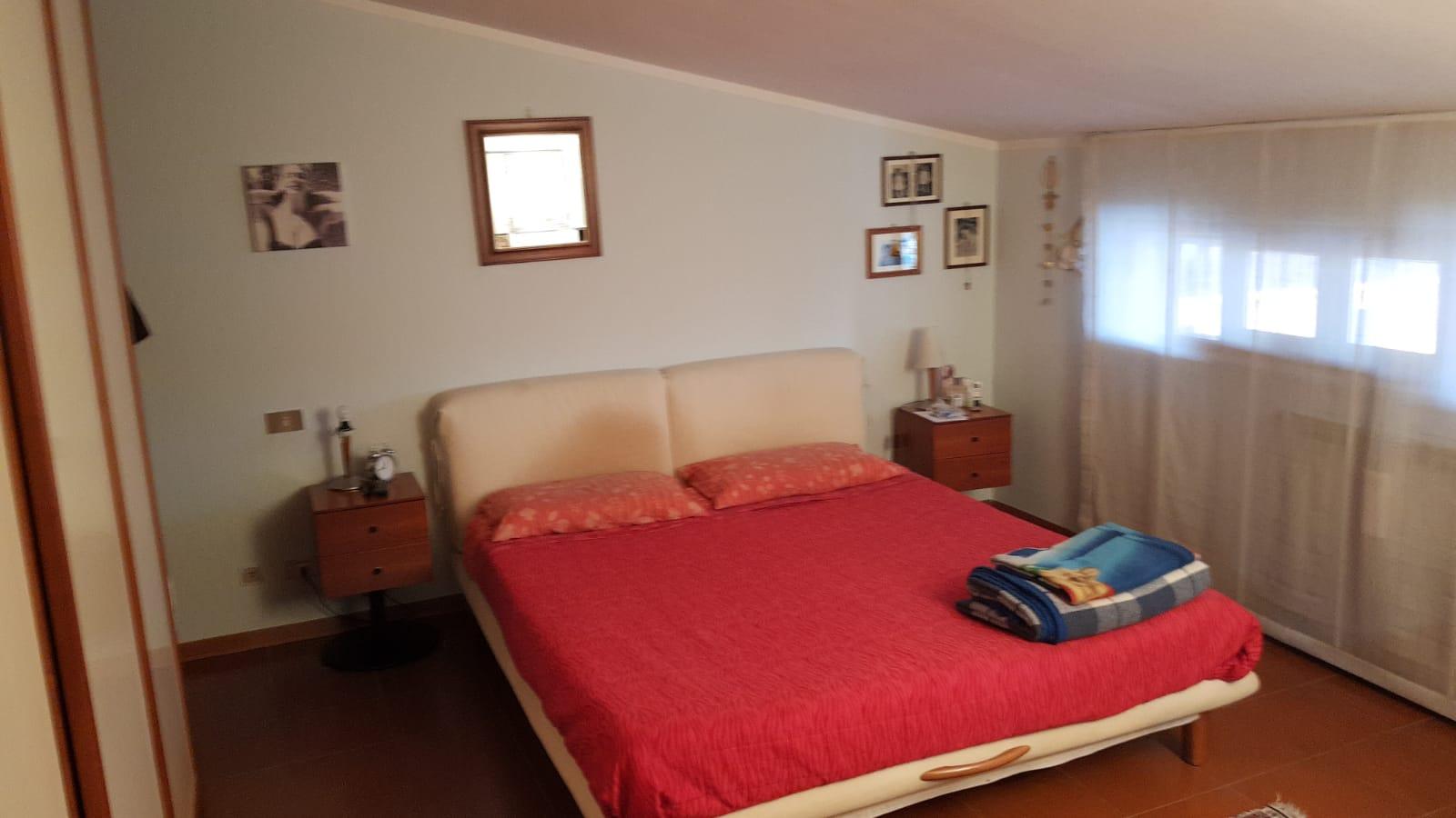https://www.progettocasa1.it/immagini_immobili/10-09-2019/appartamento-vendita-colleferro-roma-via-vicinale-bracchi-44-320.jpg
