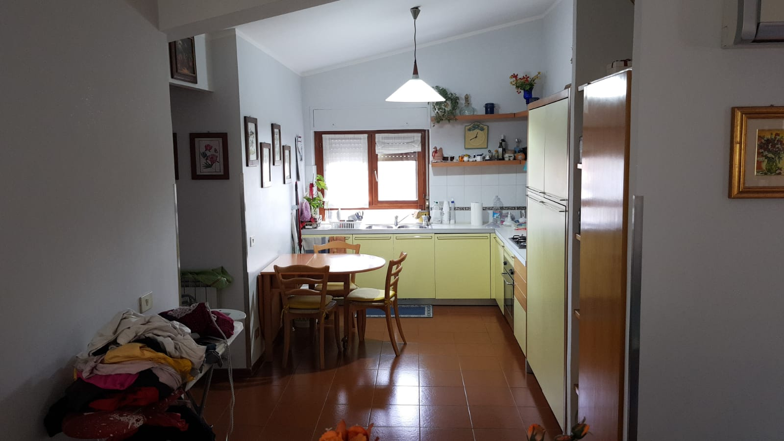 https://www.progettocasa1.it/immagini_immobili/10-09-2019/appartamento-vendita-colleferro-roma-via-vicinale-bracchi-44-348.jpg
