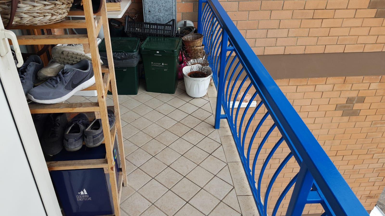 https://www.progettocasa1.it/immagini_immobili/10-09-2019/appartamento-vendita-colleferro-roma-via-vicinale-bracchi-44-415.jpg