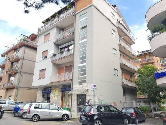 https://www.progettocasa1.it/immagini_immobili/10-09-2020/appartamento-affitto-colleferro-roma-via-consolare-latina40-822.jpg