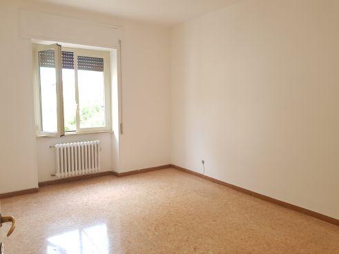 https://www.progettocasa1.it/immagini_immobili/10-09-2020/appartamento-affitto-colleferro-roma-via-consolare-latina40-827.jpg