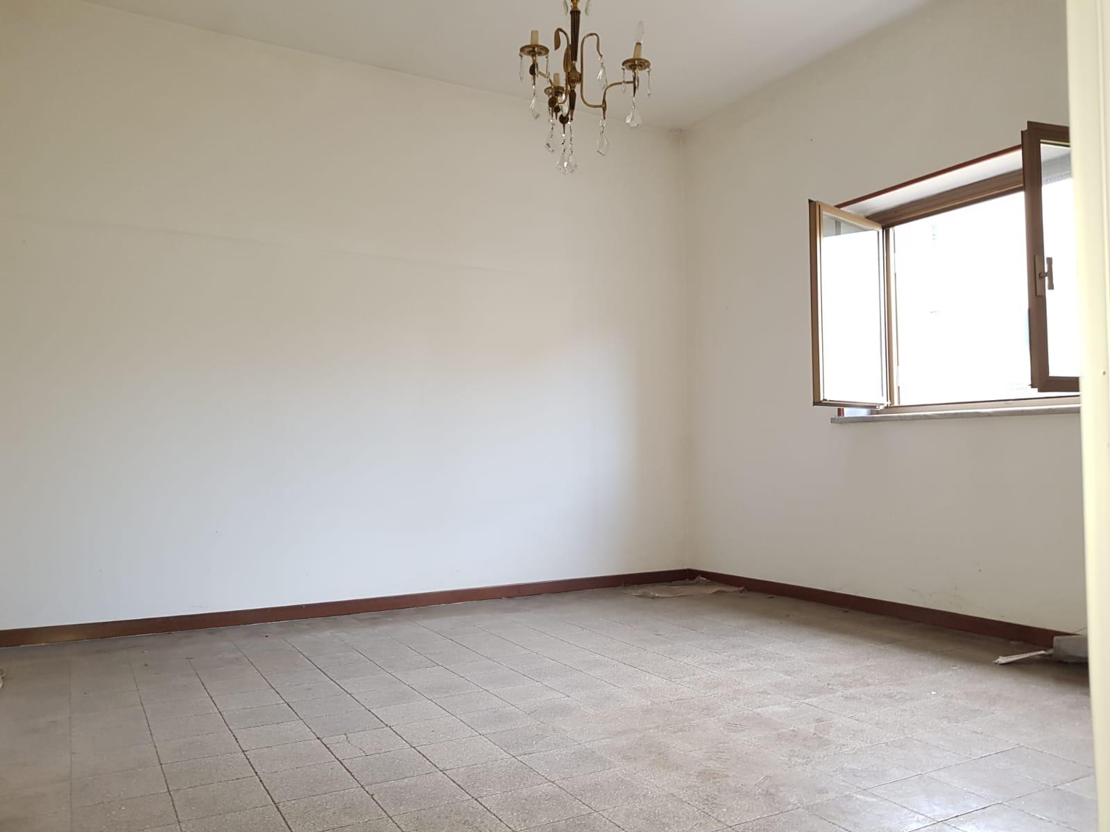 https://www.progettocasa1.it/immagini_immobili/11-02-2019/appartamento-vendita-colleferro-roma-via-verdi-6-139.jpg