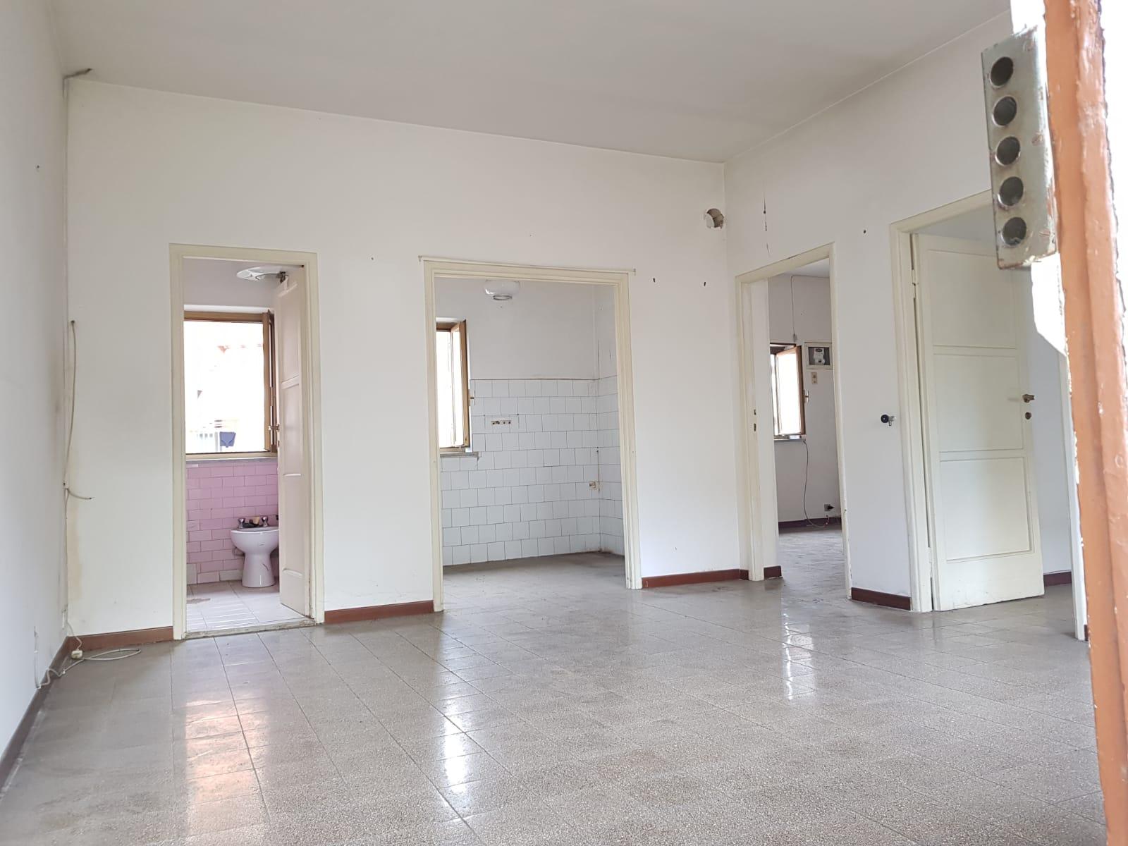 https://www.progettocasa1.it/immagini_immobili/11-02-2019/appartamento-vendita-colleferro-roma-via-verdi-6-173.jpg