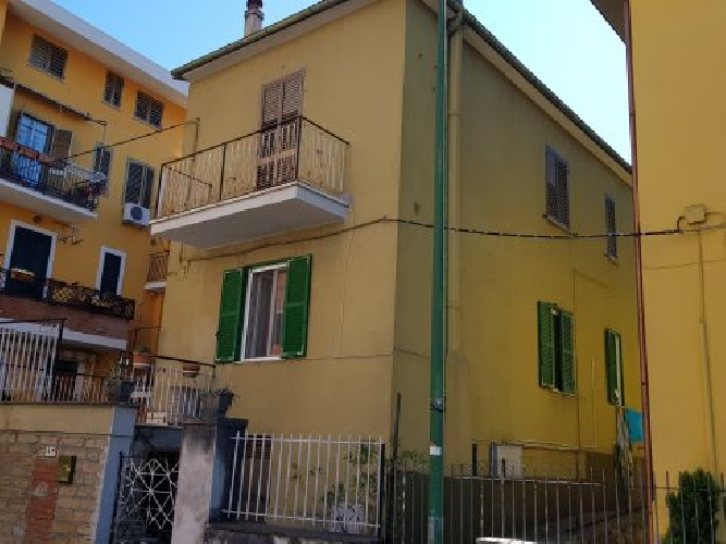 https://www.progettocasa1.it/immagini_immobili/11-03-2020/appartamento-vendita-colleferro-roma-via-della-selva-42-338.jpg