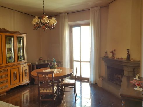 https://www.progettocasa1.it/immagini_immobili/11-03-2020/appartamento-vendita-colleferro-roma-via-della-selva-42-340.jpg