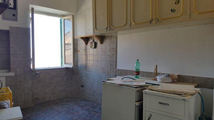 http://www.progettocasa1.it/immagini_immobili/11-04-2017/appartamento-vendita-segni-roma-piazza-santa-lucia-37.jpg