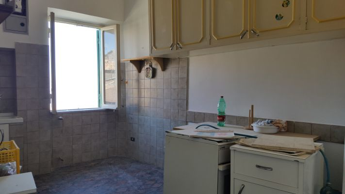 https://www.progettocasa1.it/immagini_immobili/11-04-2017/appartamento-vendita-segni-roma-piazza-santa-lucia-5.jpg