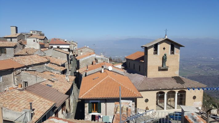 http://www.progettocasa1.it/immagini_immobili/11-04-2017/appartamento-vendita-segni-roma-piazza-santa-lucia-64.jpg