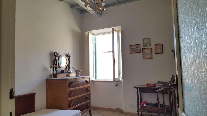 https://www.progettocasa1.it/immagini_immobili/11-04-2017/appartamento-vendita-segni-roma-piazza-santa-lucia-9.jpg