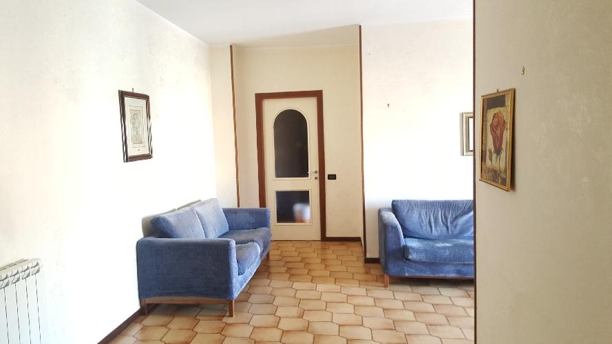 http://www.progettocasa1.it/immagini_immobili/11-09-2017/appartamento-vendita-colleferro-roma-via-francesco-berni42-653.jpg
