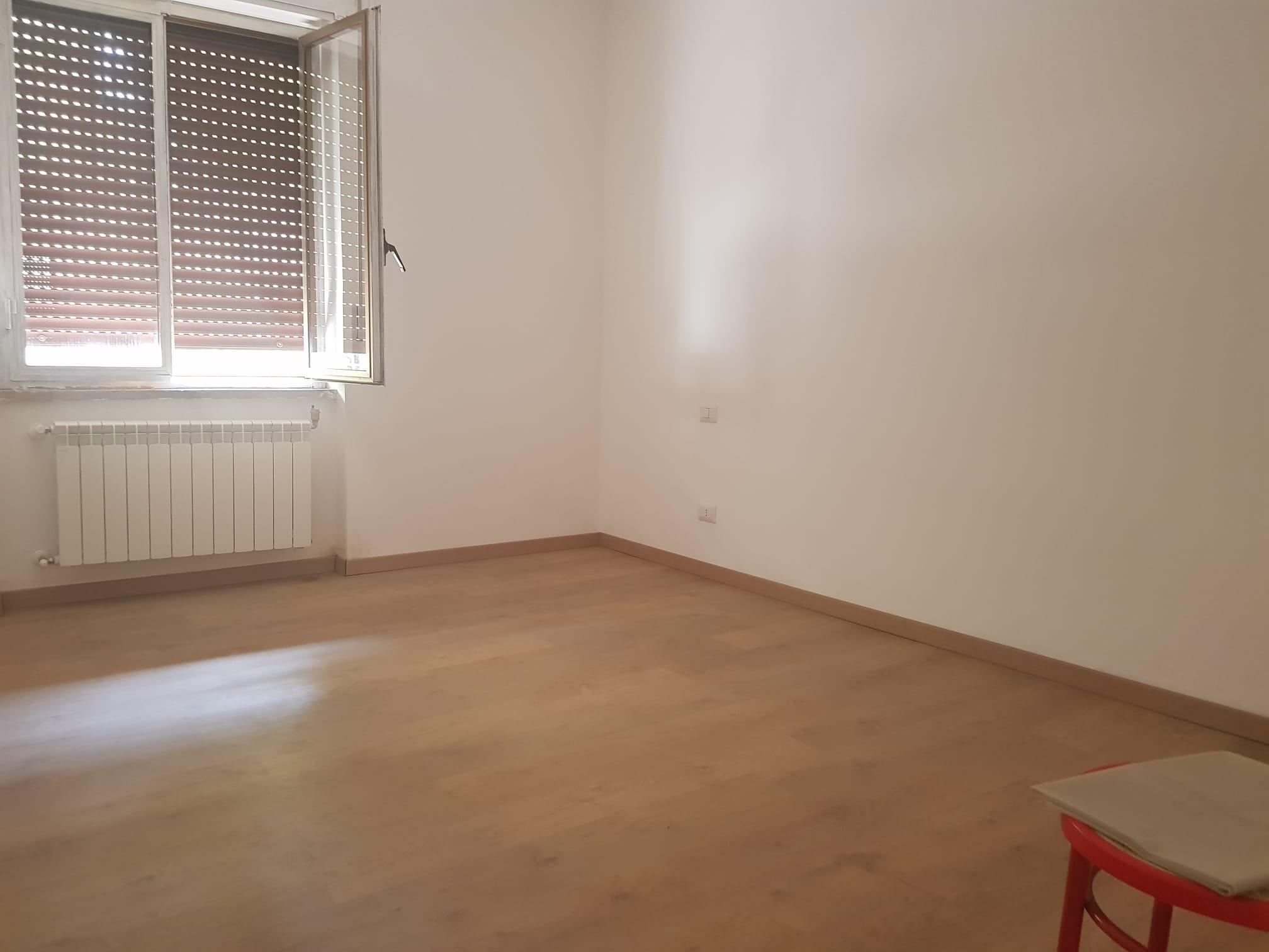 https://www.progettocasa1.it/immagini_immobili/11-09-2020/appartamento-vendita-colleferro-roma-via-aprilia-751.jpg