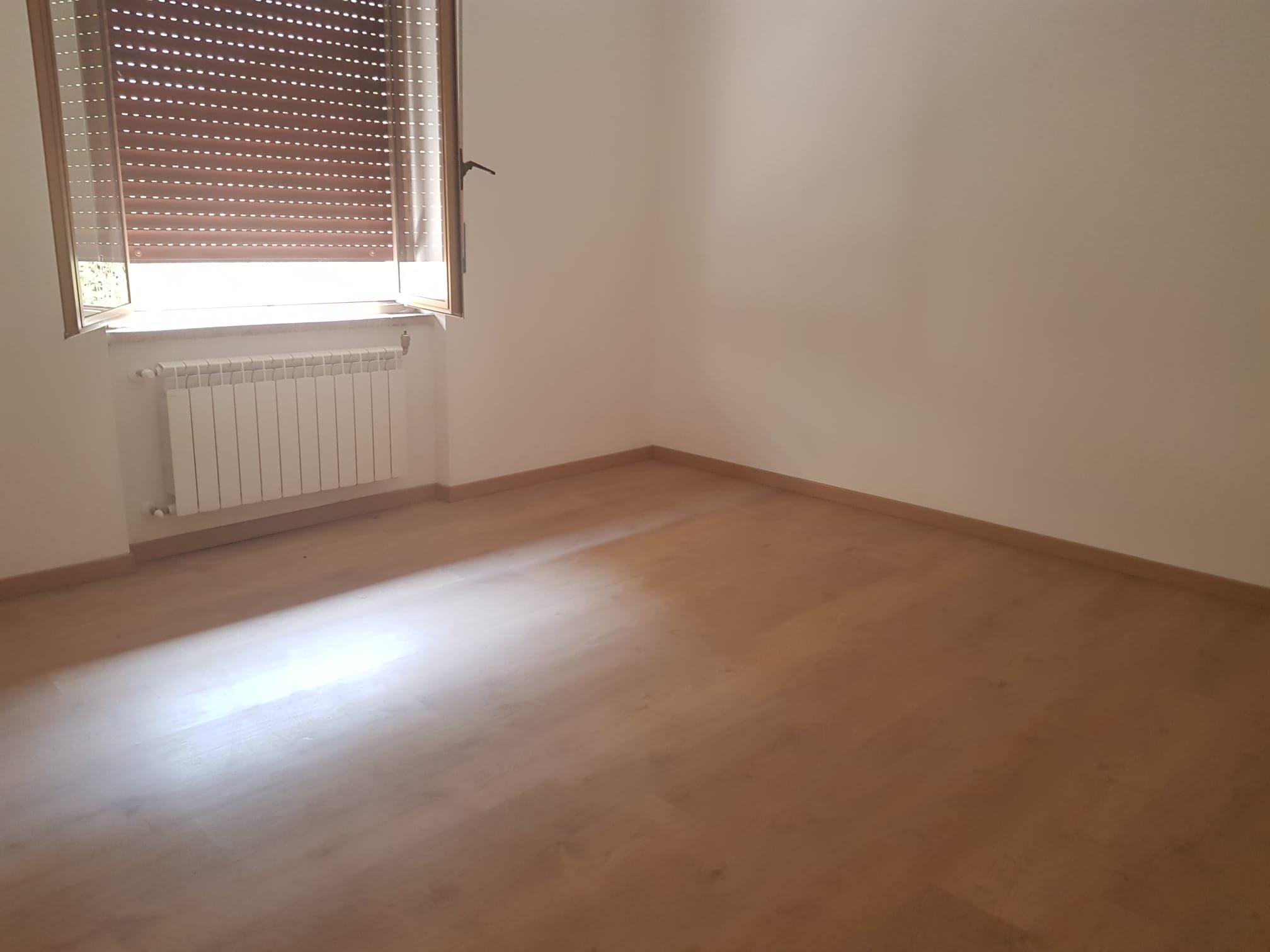 https://www.progettocasa1.it/immagini_immobili/11-09-2020/appartamento-vendita-colleferro-roma-via-aprilia-863.jpg