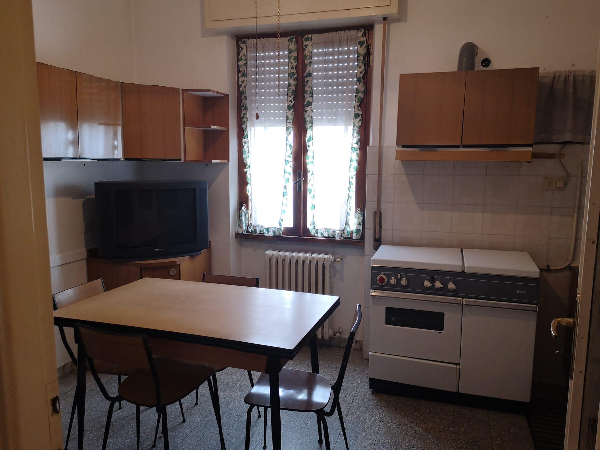 https://www.progettocasa1.it/immagini_immobili/11-09-2020/appartamento-vendita-colleferro-roma-via-pontinia10-836.jpg