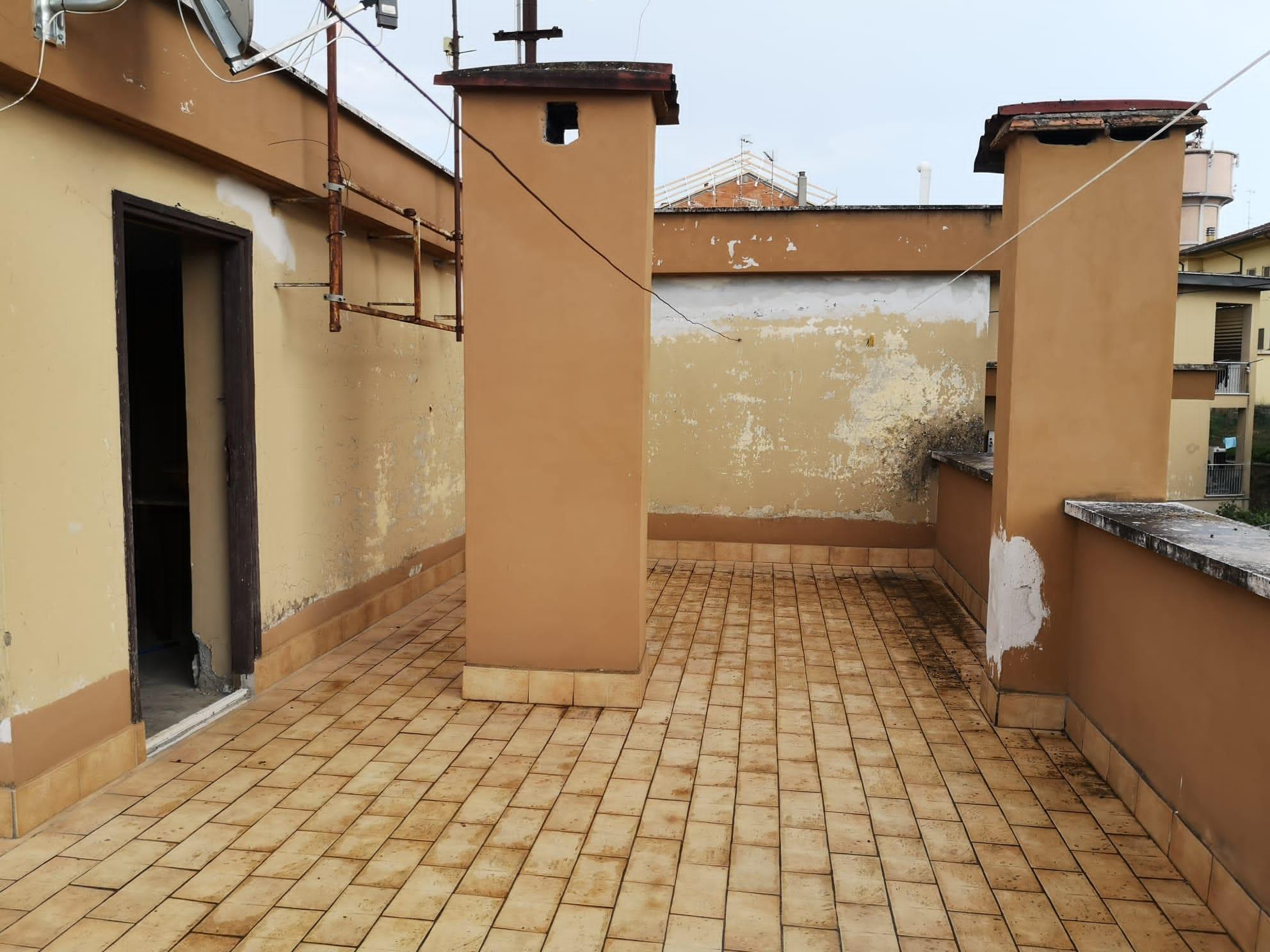 https://www.progettocasa1.it/immagini_immobili/11-09-2020/appartamento-vendita-colleferro-roma-via-pontinia10-843.jpg