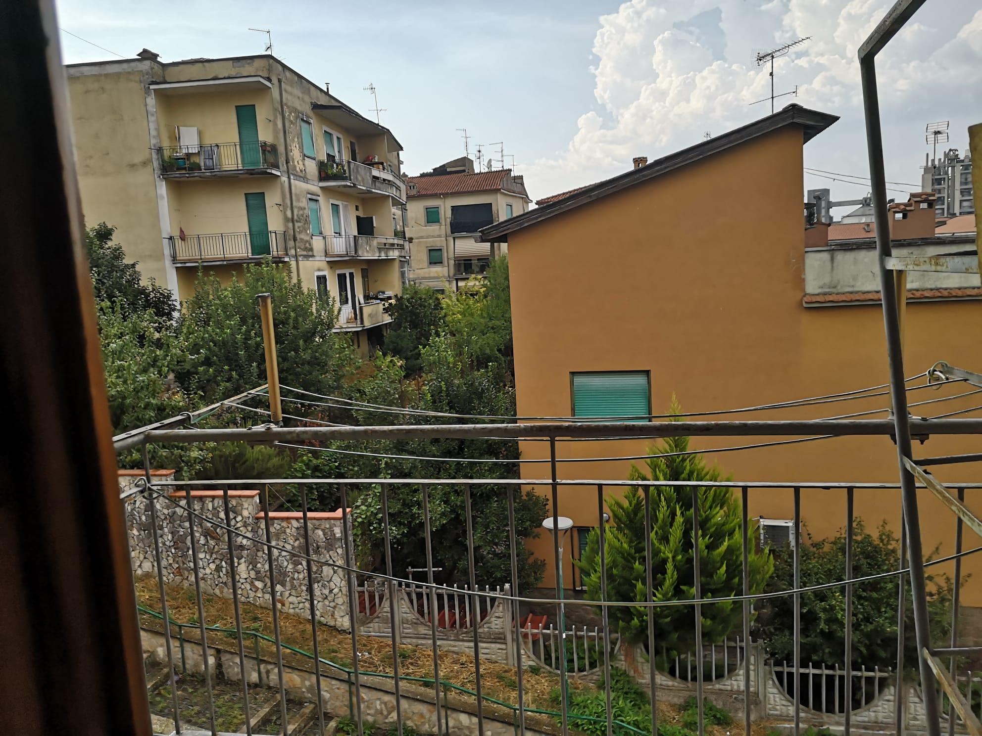 https://www.progettocasa1.it/immagini_immobili/11-09-2020/appartamento-vendita-colleferro-roma-via-pontinia10-846.jpg