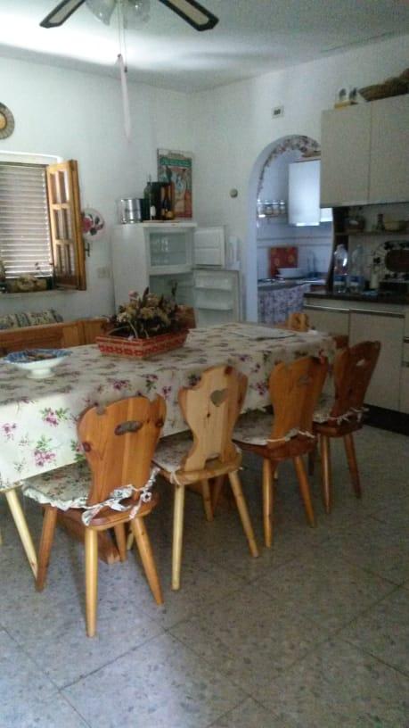 https://www.progettocasa1.it/immagini_immobili/11-09-2020/soluzione-indipendente-vendita-montelanico-roma-localit-acquasanta-483.jpg